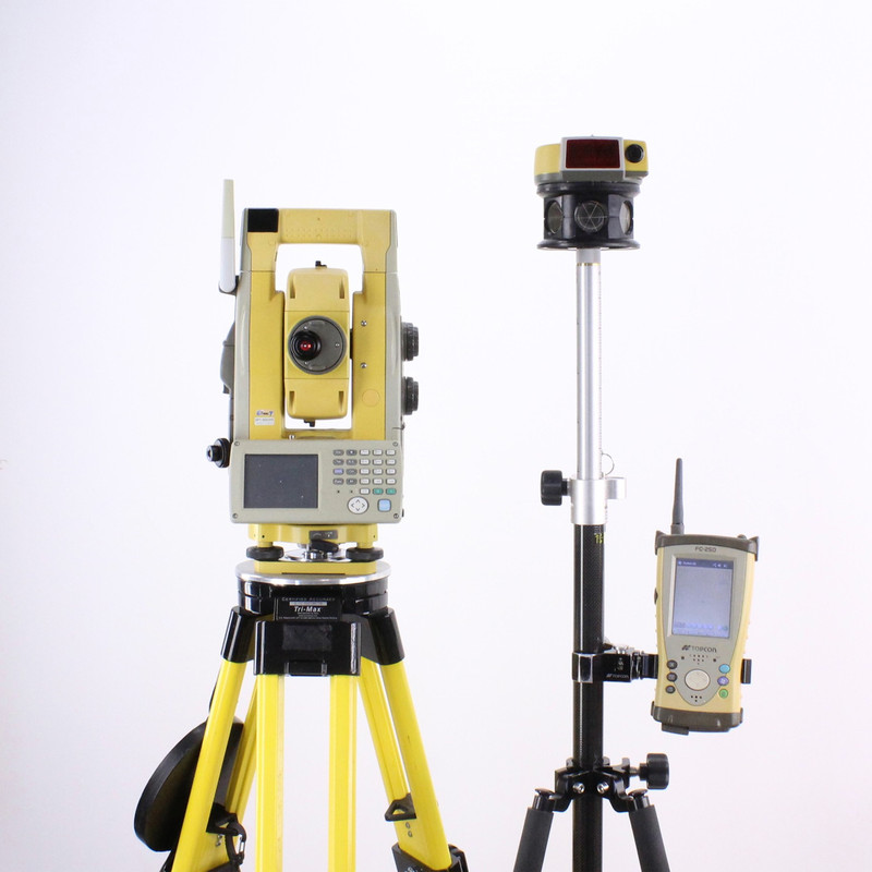 Topcon GPT-9003A Robotic Total Station w/ FC-250 Data Collector 2.4 GHz, RC-3R