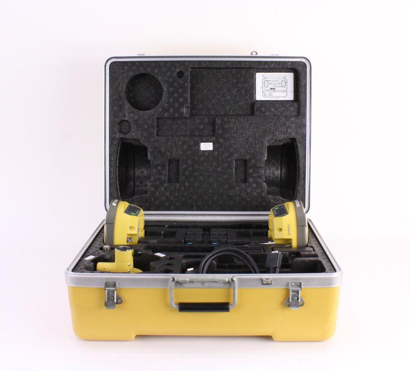 Topcon Dual Hiper II UHF II GPS Receiver Kit