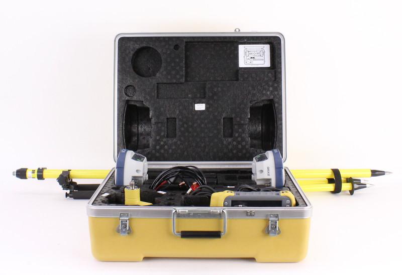Sokkia Dual GRX2 UHF II GPS Receiver Kit w/ Topcon Tesla & Pocket-3D Software