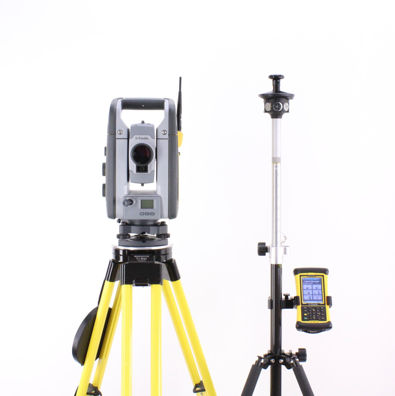 Trimble RTS555 Robotic Total Station Kit w/ Nomad Data Collector & LM80 Building Layout