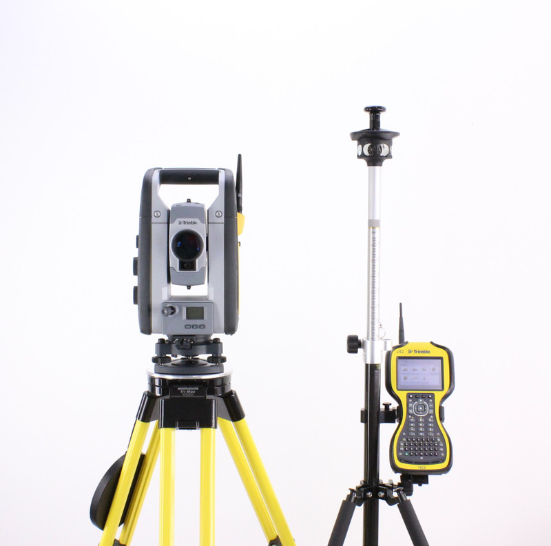 Trimble SPS730 Robotic Total Station Kit w/ TSC3 Data Collector & SCS900 Software