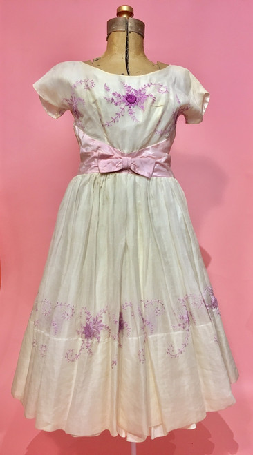 1950's Embroidered Silk Bow Waist Chiffon Swing Dress