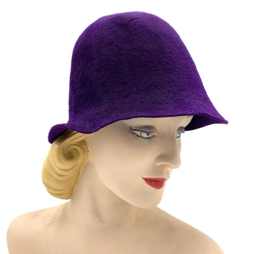 1920s Purple Fur Velour Cloche Hat