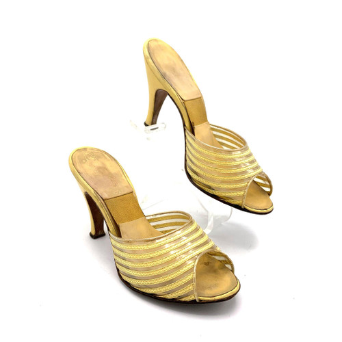 1950s Harry Chester Open Toe Golden Yellow Leather Spring-O-Lator Kitten Heels