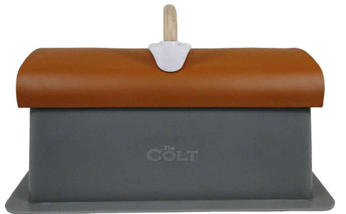 The Colt with one pommel
