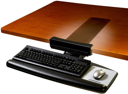 3M AKT65LE Adjustable Keyboard Tray with Standard Keyboard and Mouse Platform 70005227833