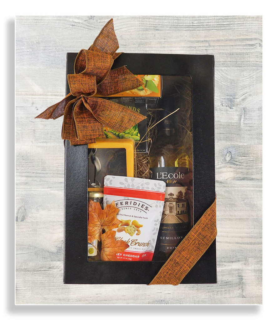 A wonderful gift presentation to showcase your selected bottle of wine!