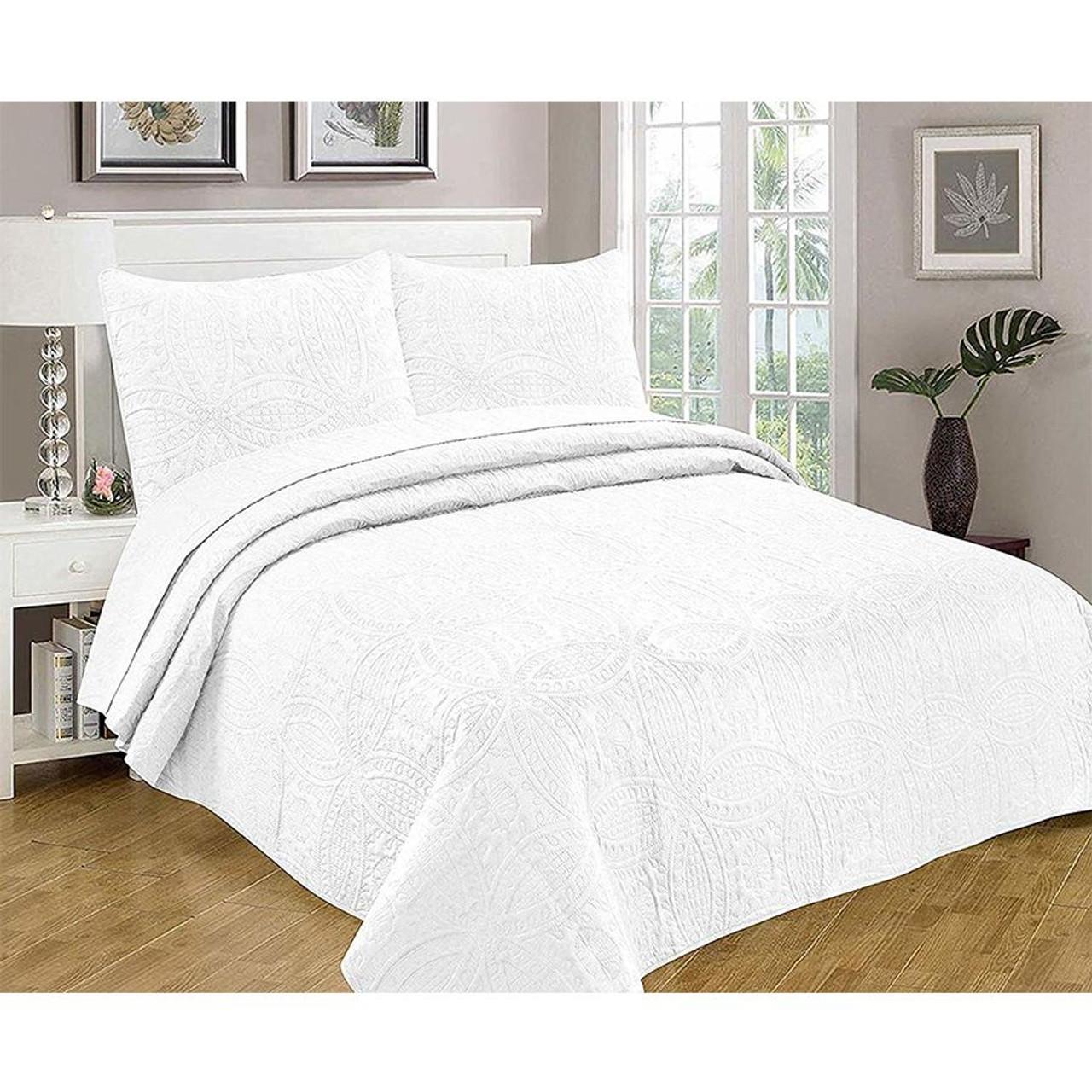 3 Pc Oversized Bedspread Coverlet Set White Color in USA, California, New York, New York City, Los Angeles, San Francisco, Pennsylvania, Washington DC, Virginia, Maryland