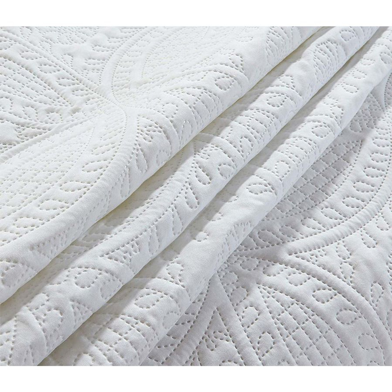 3 Pc Oversized Bedspread Coverlet Set White Color in USA, California, New York, NY City, Los Angeles, San Francisco, Pennsylvania, Washington DC, Virginia, Maryland