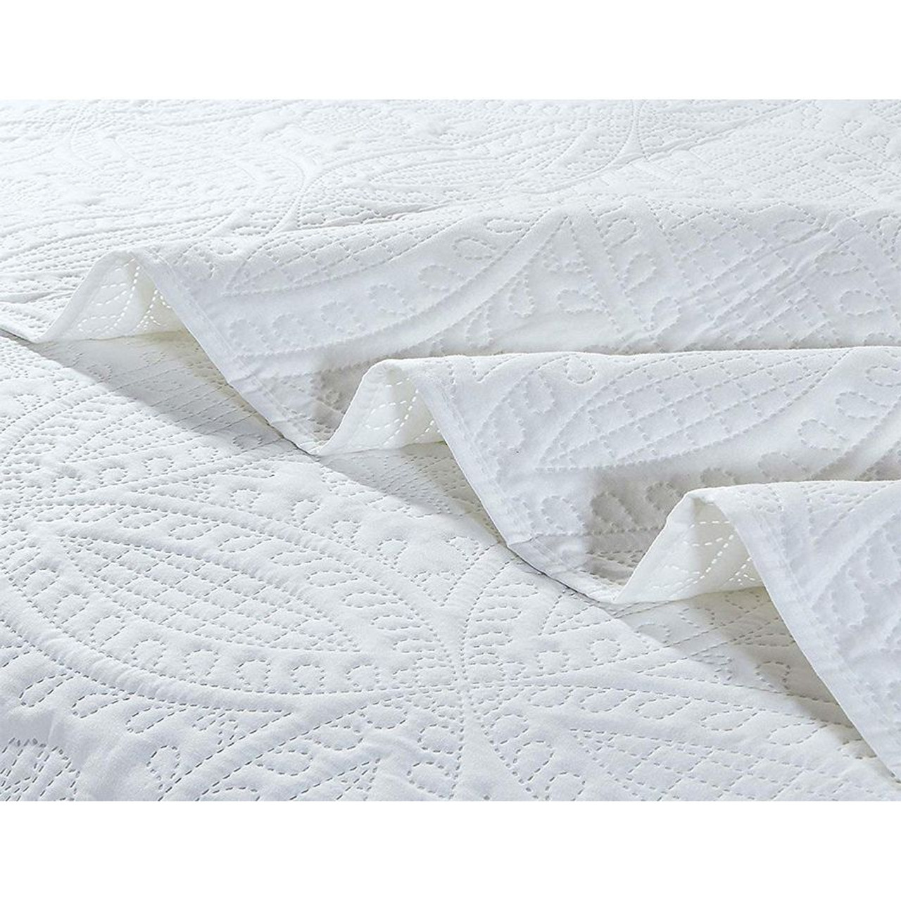 3 Pc Oversized Bedspread Coverlet Set White Color in USA, California, New York, NY City, Los Angeles, San Francisco, Pennsylvania, Washington DC, Virginia and Maryland