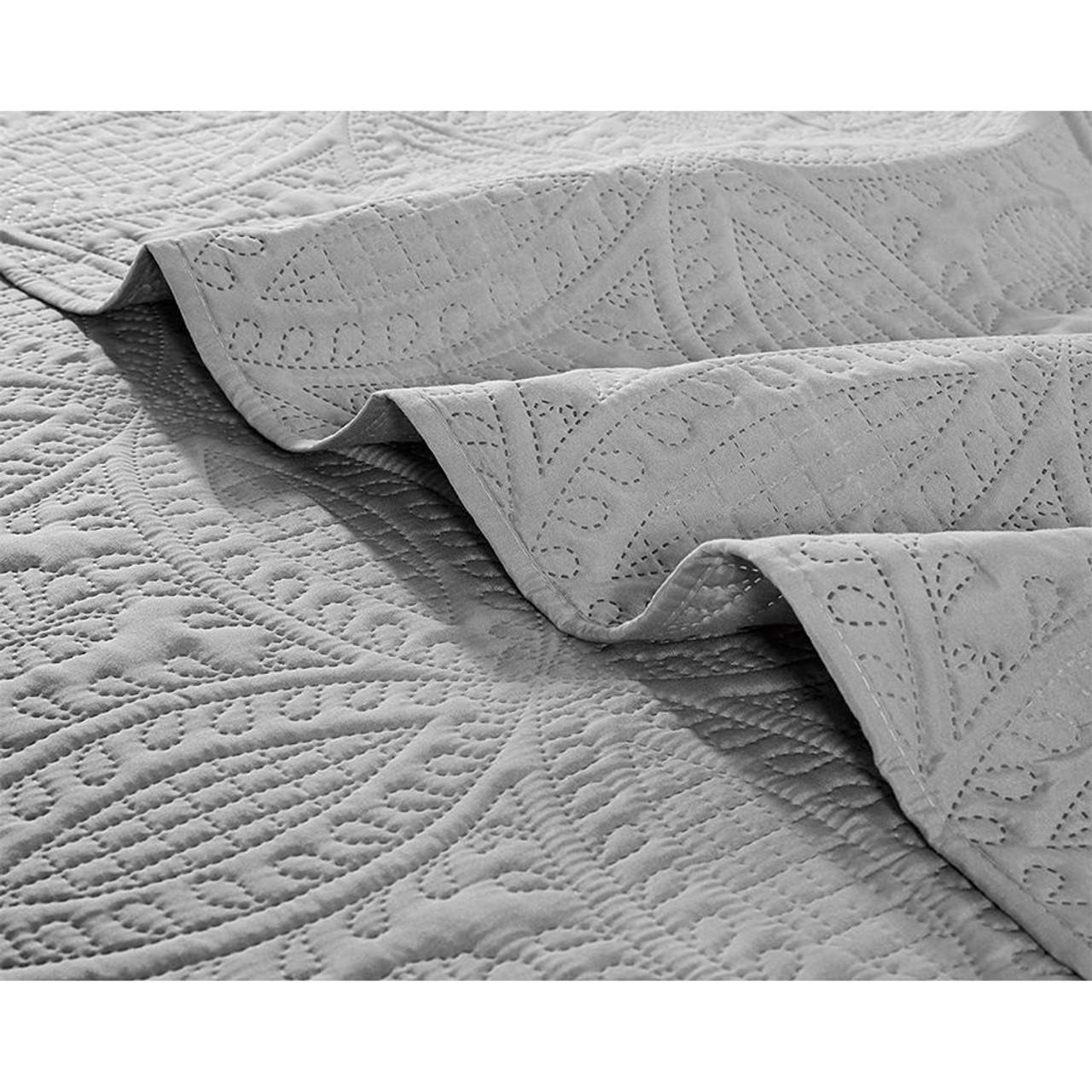 3 Pc Oversized Bedspread Coverlet Set Charcoal Color in USA, California, New York, New York City, Los Angeles, San Francisco, Pennsylvania, Washington DC, Virginia and Maryland