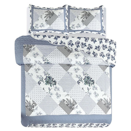 Full//Queen Seasonal D/écor Blue Collections Etc Cottage Escape Blue Stripes and Floral Patchwork Quilt with Scalloped Edges