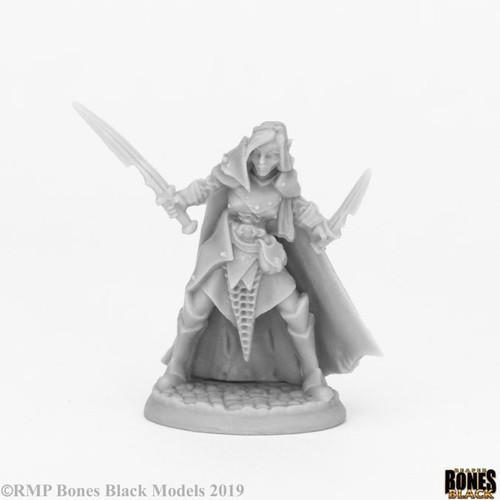Reaper 44070: Dark Elf Female Warrior