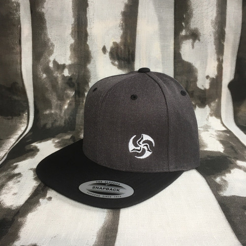 Two Tone Snap Back charcoal and black