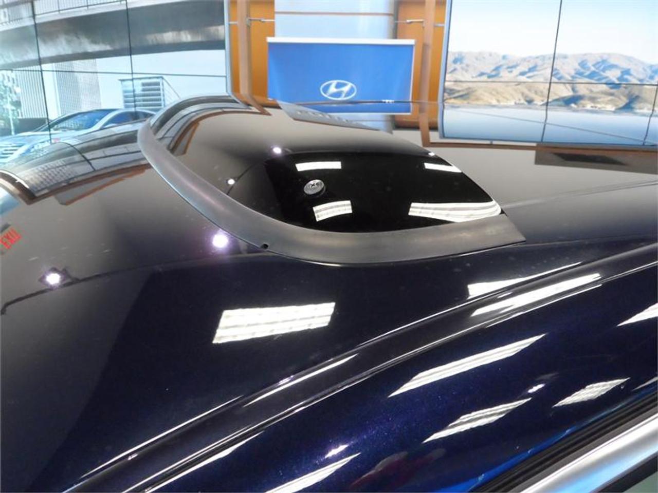Hyundai Genesis Sunroof Deflector