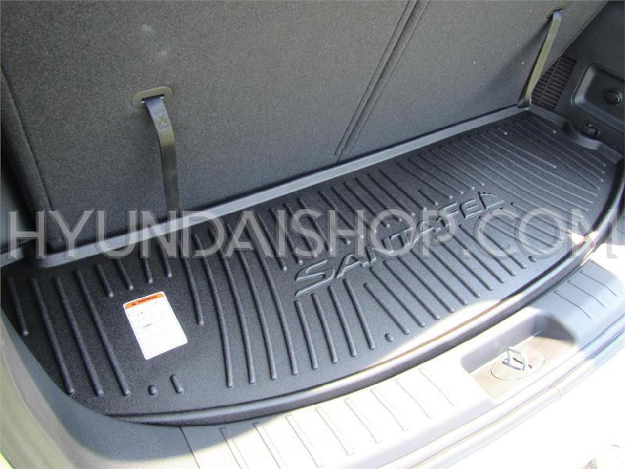 Hyundai Santa Fe Rubber Cargo Tray - 6/7 Passenger Model