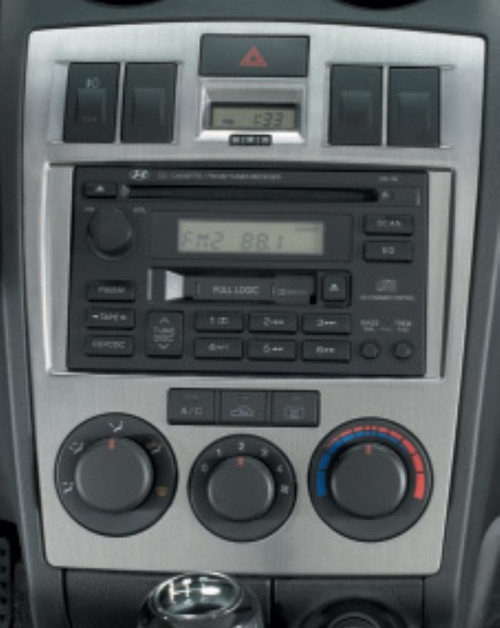 Hyundai Tiburon Metallic Dash Trim - Manual Climate Control