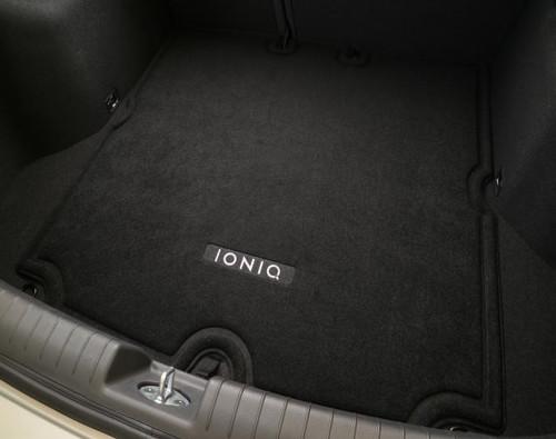 2017-2021 Hyundai Ioniq Reversible Cargo Tray