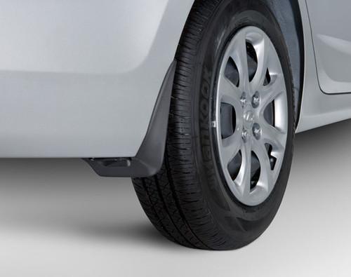 Hyundai Accent Mudguards