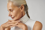 HOW TO TREAT YOUR SKIN DURING MENOPAUSE