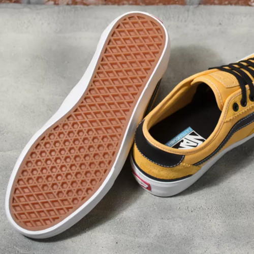 VANS Chima Pro 2 Shoes Gold/Black
