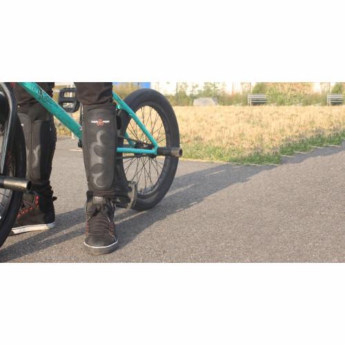 TRIPLE 8 Exoskin Shin Whip Guard