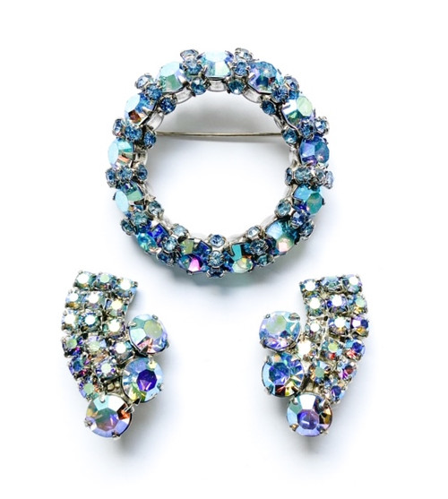 Vintage 50's WEISS Blue Rhinestone Brooch & Clip On Earrings Set