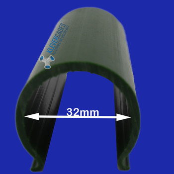 Green Snapclamp to fit 25mm PVC pipe for PVC projects including Greenhouses, garden protection cages, and shade shelters/houses. They can also be used for green screens for photography.