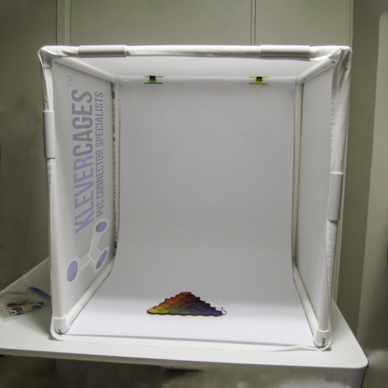 Easy to build and design photography lightbox built with 3way connectors and pipe from Klever Cages Australia