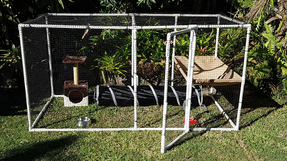 Pet / Cat enclosure made from PVC onnectors and pipe from Klever Cages