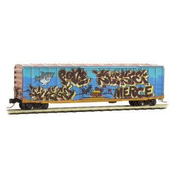Micro Trains 025 44 146 N Scale Hartford Slocomb Weathered Boxcar with Shark Graffiti