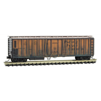 Micro Trains 993 05 580 N Scale Pacific Fruit Express PFE Boxcar Weathered 3 Pack