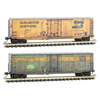 Micro Trains 993 05 700 N Scale Burlington Northern BN / BNFE Weathered Boxcar 2 Pack