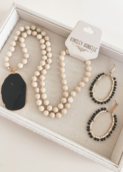 Onyx Glam Kinsley Armelle Collection Set