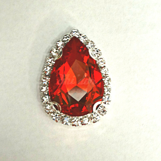 10 Pieces - 20 x 30 mm Tear Drop Glass Stone Red