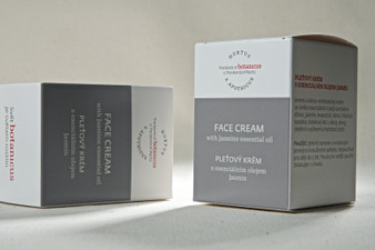 Face cream with Jasmine Essential Oil