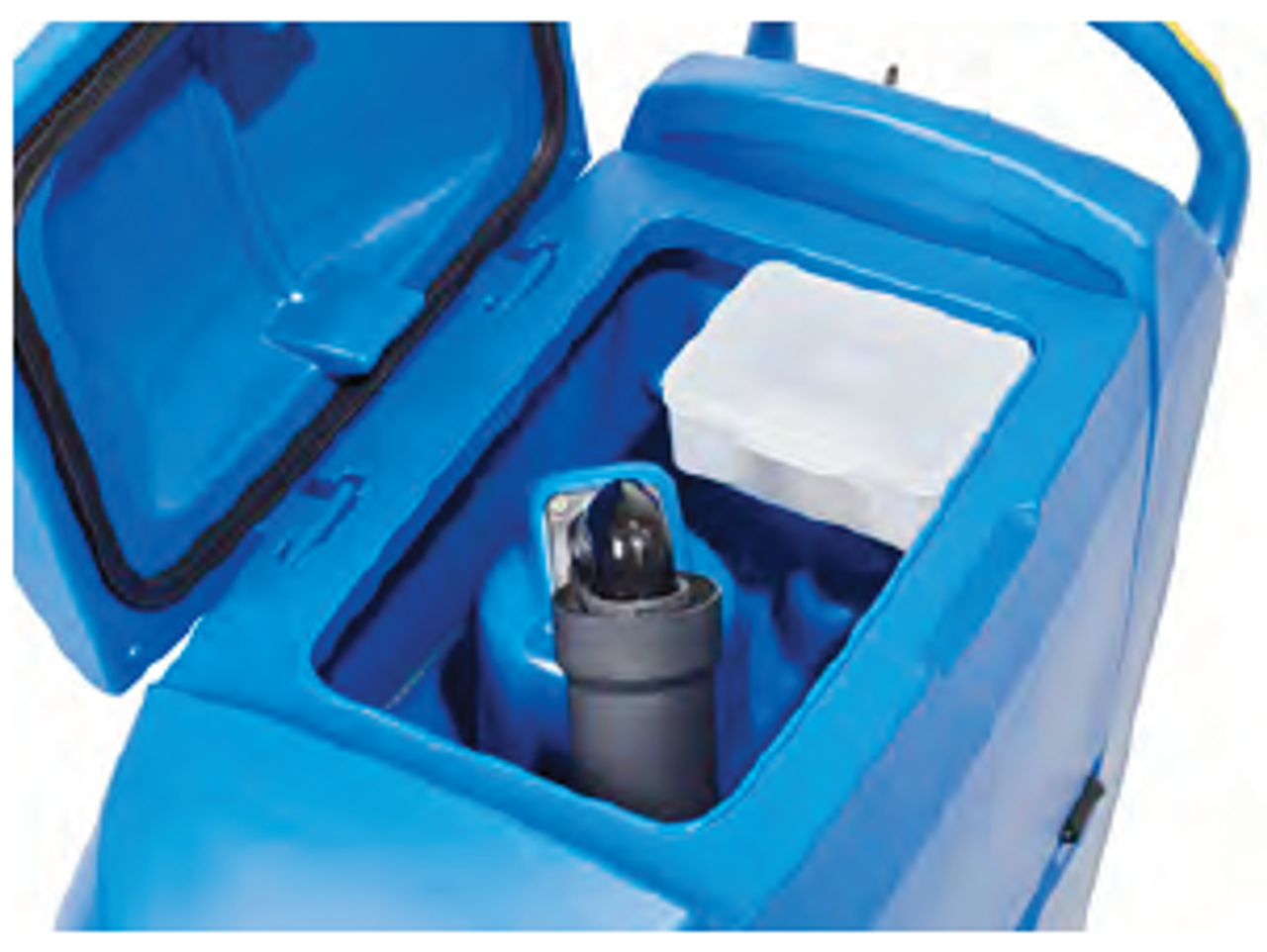 Fully accessible recovery tank with debris catch cage allows for simple cleanup