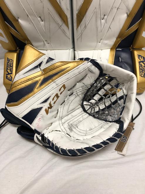 Hutton CCM Extreme Flex Pro 4 50th Glove