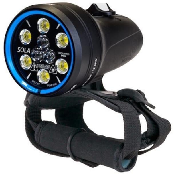 Sola  2000 Spot/Flood Dive Light