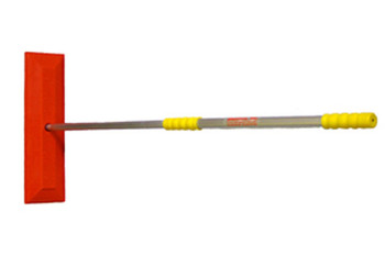 "18"" Snow Rake/ 40""-68"" Handle"