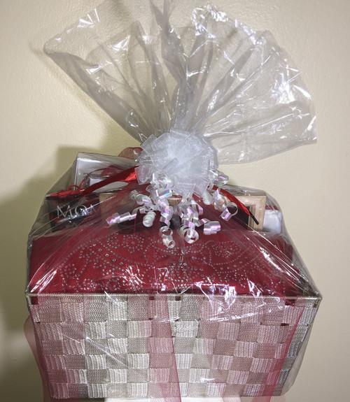 Delta Gift baskets - Baskets for all Sorority - Delta Sorority Gift Baskets - Sorority Gift Baskets - Bridal Gift Baskets - Retirement Gift Baskets - Birthday Gift Baskets - Wedding gift baskets