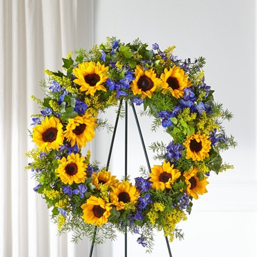 Bright Rays™ Wreath
