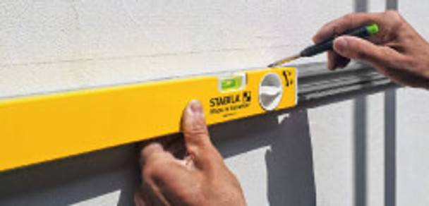 "Stabila 80T 25"" ‑ 41"" Adjustable Length Level - example 2"