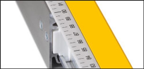 "Stabila 80T 36""-59"" Adjustable Length Level - close up of measure"