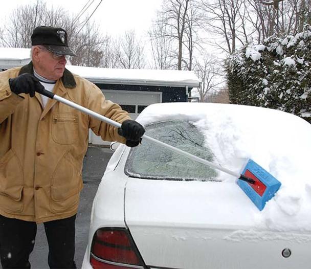 SnoBrum - removing snow on car 2