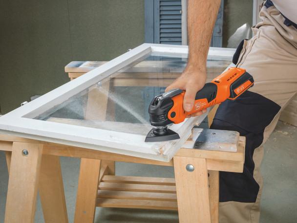 Fein CORDLESS MULTIMASTER AMM 300 PLUS START sanding a window frame