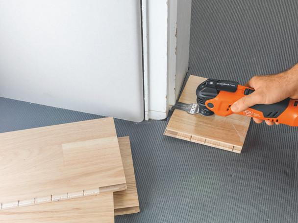 Fein CORDLESS MULTIMASTER AMM 300 PLUS START cutting door frame for a floor tile