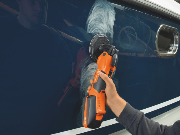 Fein Cordless MultiMaster AMM 500 Plus Top buffing the side of a boat