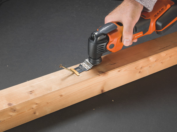 Fein Cordless MultiMaster AMM 500 Plus Top removing a screw