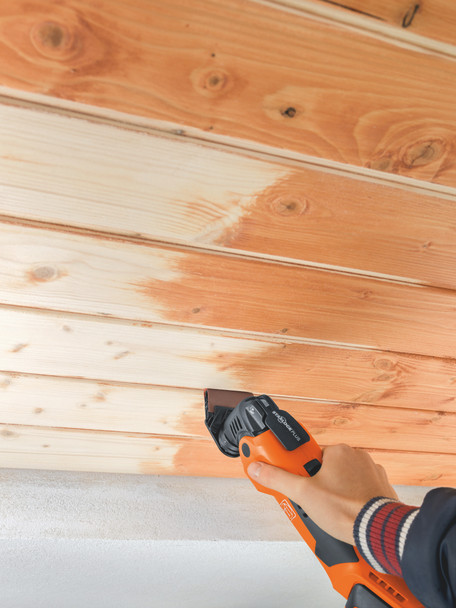 Fein Cordless MultiMaster AMM 500 Plus Top cutting edges in wooden planks